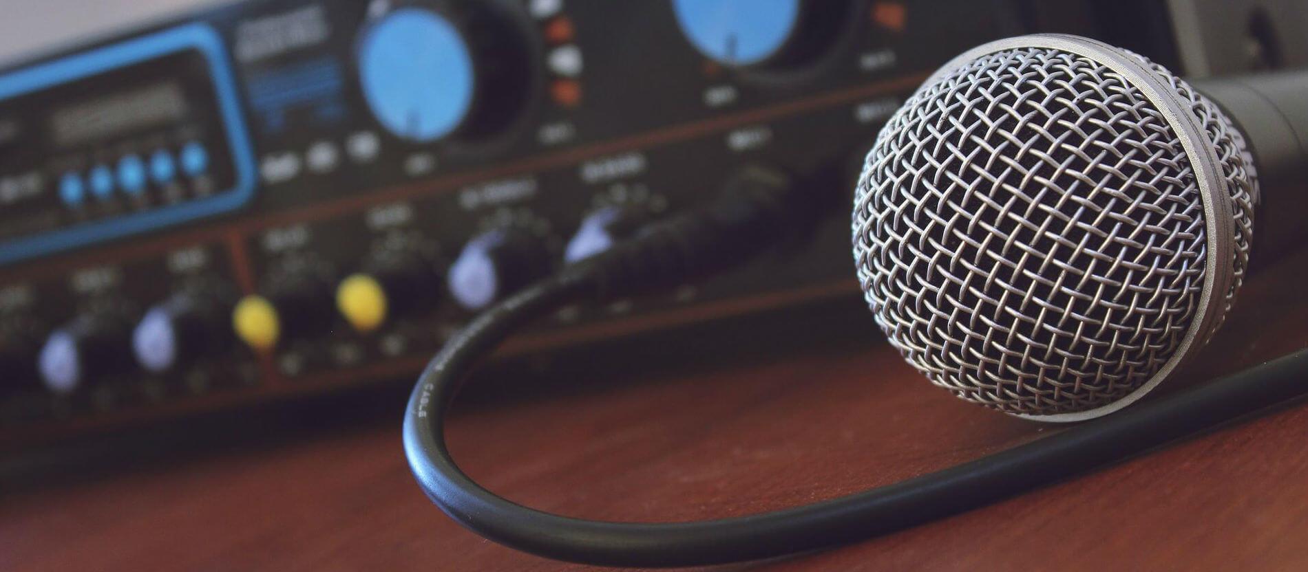 Clases-de-voz-como-distinguir-diferentes-tipos-de-voz